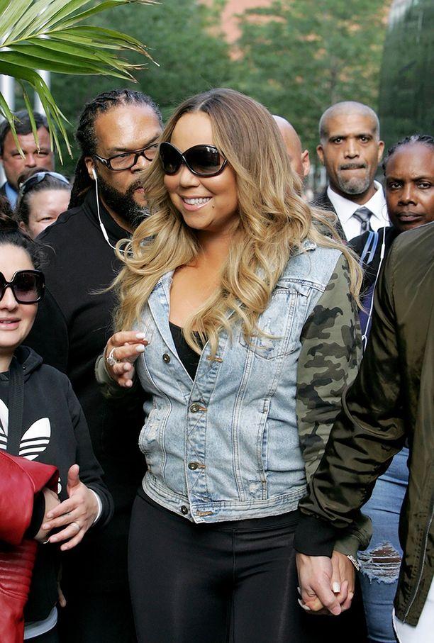 Mariah vuonna 2017 tapaamassa fanejaan.