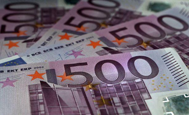 Kuka tuhoaa 500 euron seteleitä Sveitsissä?