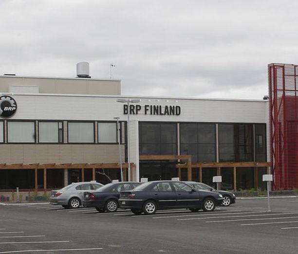 Keskusrikospoliisi selvittelee lahjusepäilyjä liittyen Rovaniemen kelkkatehtaaseen.