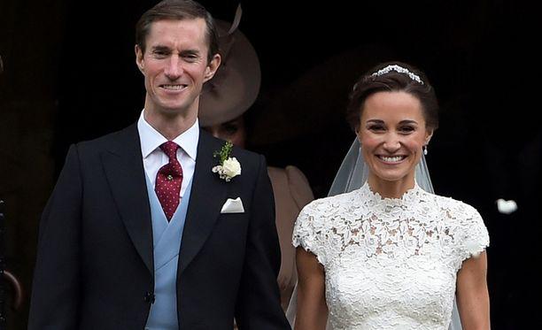 James Matthewsin isää epäillään alaikäiseen kohdistuneesta seksuaalirikoksessa. Pippa Middleton ja James Matthews vihittiin toukokuussa 2017.