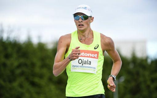 Aleksi Ojala käveli ennätyksensä Espoon helteessä