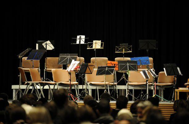 Konserttisalit ovat tyhjentyneet ympäri maailmaa.