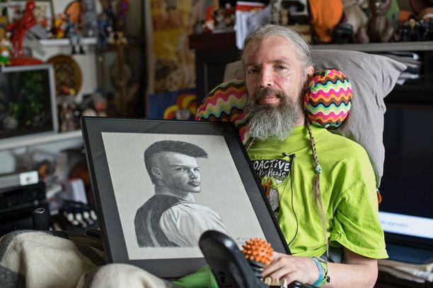 Wiki sai Tom of Finlandin innostumaan uudelleen piirtämisestä. Muotokuva nuoresta Wikistä on yksi Laaksosen viimeisimmistä töistä.