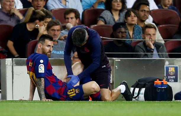 Leo Messi kesti vain 45 minuuttia Villarrealia vastaan.