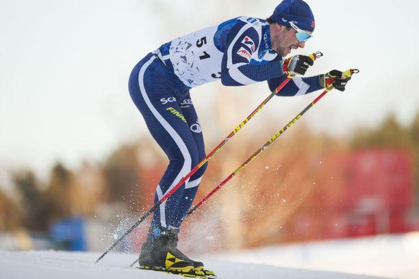 Ristomatti Hakola teki sunnuntaina Virossa elämänsä parhaan normaalimatkan hiihdon.