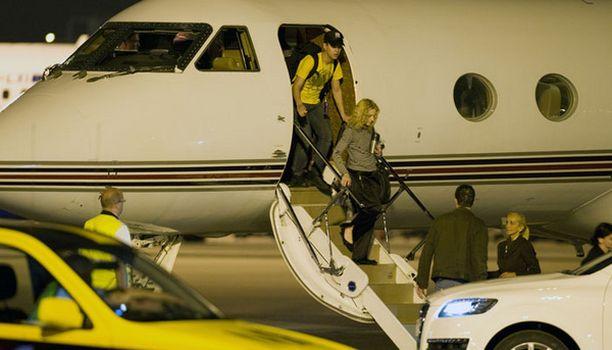 Madonna saapui Suomeen Tallinnasta.