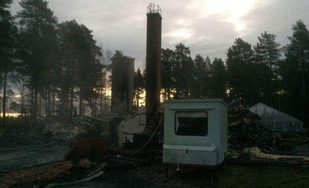 Muhoksella sijaitseva Metlan entinen tutkimuslaitos paloi lauantai-iltana.