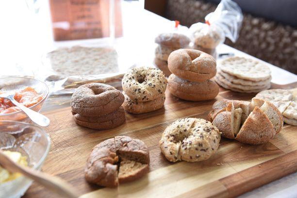 Ranskassa Snacking d'Or -kilpailussa voittanut Alabi-yrityksen bageleita sekä rieskoja.