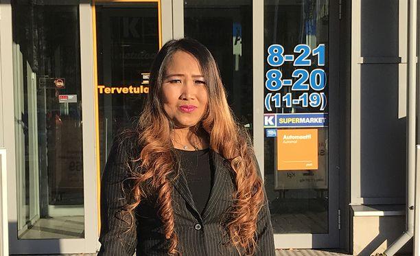Villilän K-Supermarketin työsuojeluvaltuutettu Helena Puustinen.