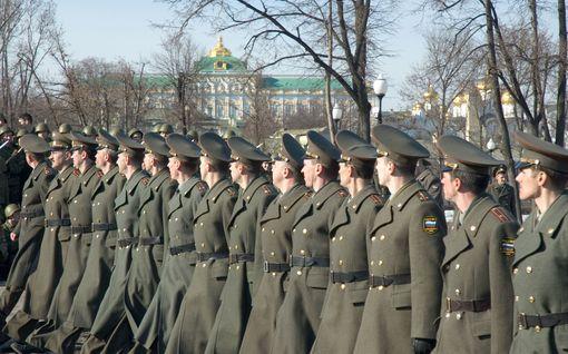 Amerikkalaisraportti: Venäjä pyrkii saamaan kaikilla uusilla asejärjestelmillä ensi-iskukykyä ja käyttäytyy sen tuomalla itsevarmuudella