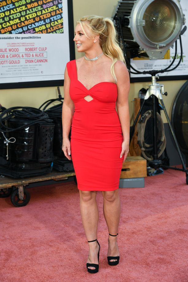 Britney Spearsilla ex-miehensä Kevin Federlinen kanssa kaksi lasta. Federlinellä on lasten huoltajuus.