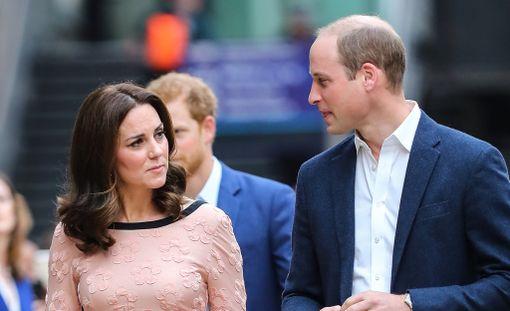 Herttuatar Catherine ja prinssi William vierailevat yhdessä Norjassa ja Ruotsissa, mutta Suomeen prinssi saapuu yksin.