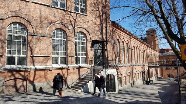 Frenckellin tehdasrakennuksessa sijaitsi Suomen ensimmäinen jatkuvatoiminen paperikone.