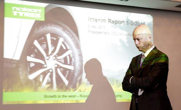 Nokian Renkaiden toimitusjohtaja Ari Lehtoranta vakuuttaa Helsingin Sanomille, että heidän osaltaan rengastesteihin on voinut luottaa viimeiset 3-5 vuotta.