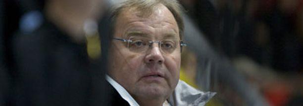 Hannu Jortikka luotsaa Pikkuleijonat joulukuussa MM-kisoihin Kanadaan.