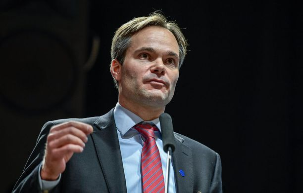 Kai Mykkänen (kok) aloitti sisäministerinä joulukuussa 2017.