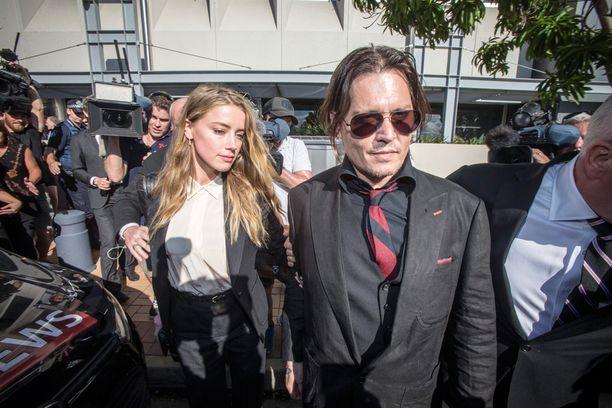 Heard ja Depp poistumassa huhtikuussa oikeudesta.
