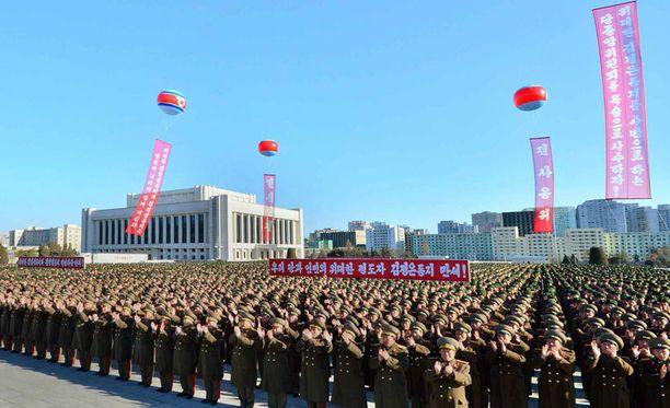 Pohjois-Korean Rodong Sinmun -lehdessä julkaistu kuva helmikuun alusta.