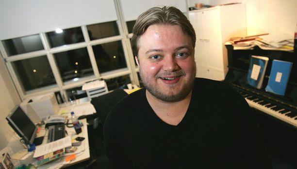 Oopperan hallitus esitti Mikko Franckia tehtävään kuukausi sitten.