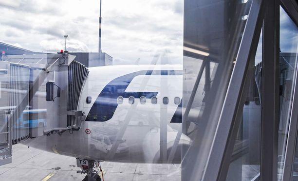 Finnair ei vielä osaa sanoa, millä koneella ja milloin koneessa olleet matkustajat pääsevät lentämään New Yorkiin. Kuvituskuva.