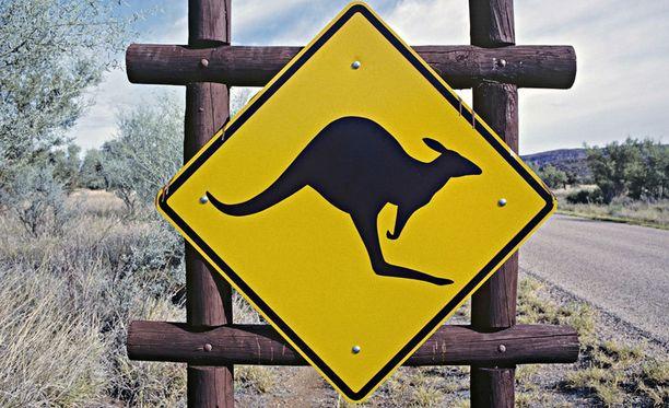 Australian takamailla asutus on paikoin niin harvaa, että alueella voi elää täysin eristyksissä muusta maailmasta.
