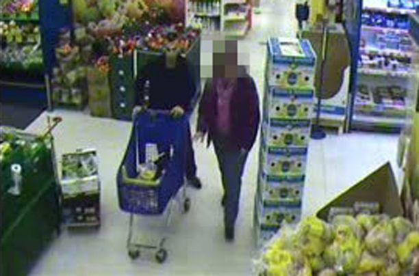 PÄIVÄÄ ENNEN Uudenvuodenaatonaattona Ibrahim Shkupolli ja hänen entinen naisystävänsä kävivät ostoksilla espoolaisessa marketissa.