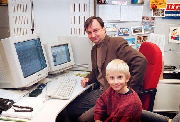 Liikemiehet Hjallis ja Joel Harkimo vuonna 1998.