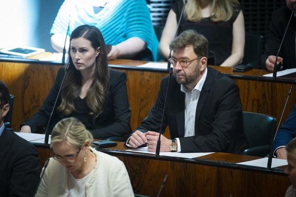 Keskiviikkona budjettikeskustelussa pääsevät ääneen muun muassa ministerit Sanna Marin ja Timo Harakka.