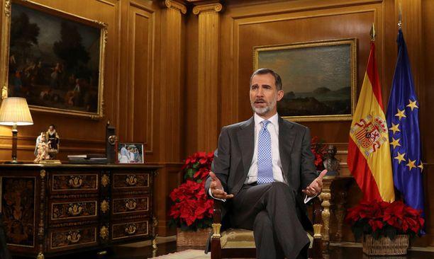 Espanjan kuningas Felipe kehotti joulupuheessaan Kataloniaa yhtenäisyyteen.