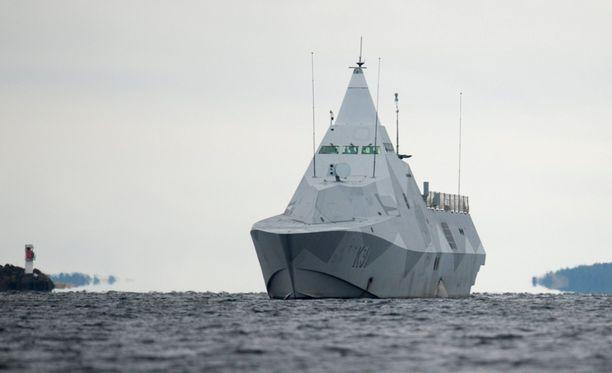 Ruotsin laivaston Visby-luokan korvetti HMS Visbyn osallistui Tukholman saariston sukellusvenejahtiin lokakuussa.