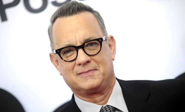 Tom Hanks on 61-vuotias veteraaninäyttelijä.