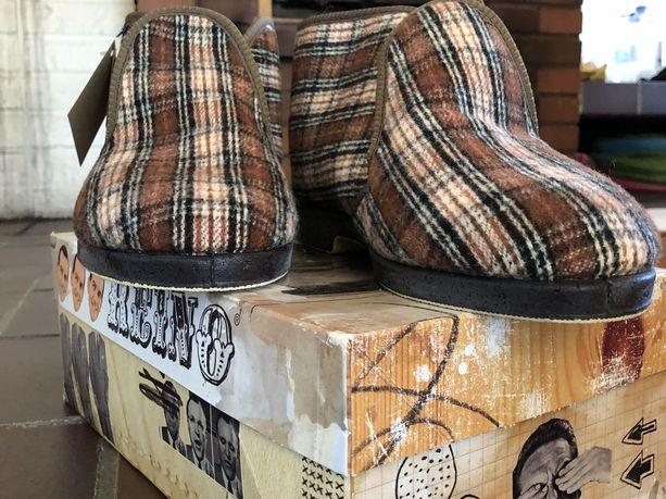 Ruskeat Reino-tossut ovat kaikkien aikojen myydyin Reino-malli.