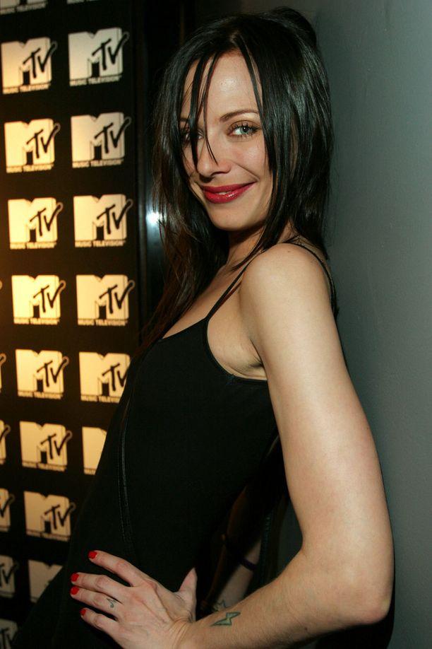Jonna Nygrén-Jäntti työskenteli nuorempana muun muassa Music Televisionin juontajana.