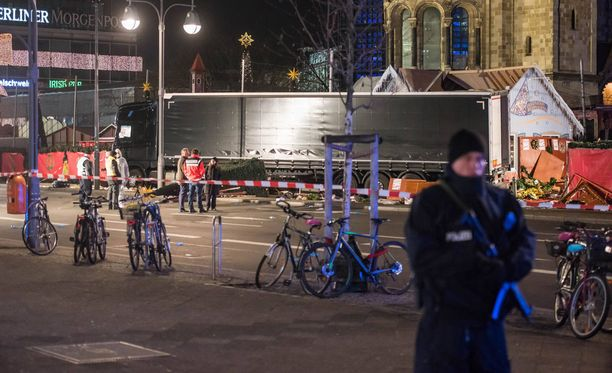 Berliinin joulumarkkinoille 2016 iskenyt terroristi asui pitkään Apriliassa.