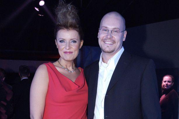 Hanna-Riikka Siitonen ja Janne Virtanen Venla-gaalassa Telakkastudioilla vuonna 2004.