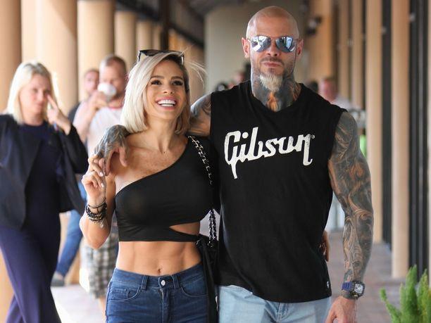 Michelle Lewin ja Jimmy Lewin ovat tuttuja hahmoja fitnesspiireissä.