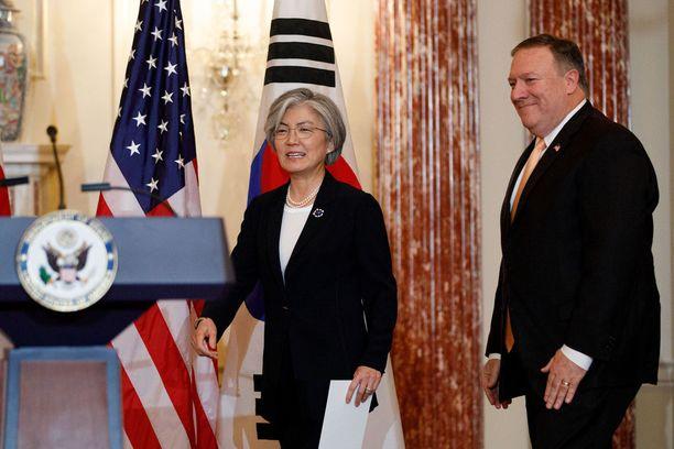 Etelä-Korean ulkoministeri Kang Kyung-wha vieraili Pompeon luona Washingtonissa perjantaina.