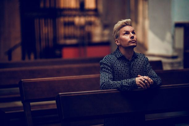 Hengellisyys on Antti Tuiskulle tärkeää, mutta hän on koko ikänsä pohtinut sitä, mihin ja miten uskoo.