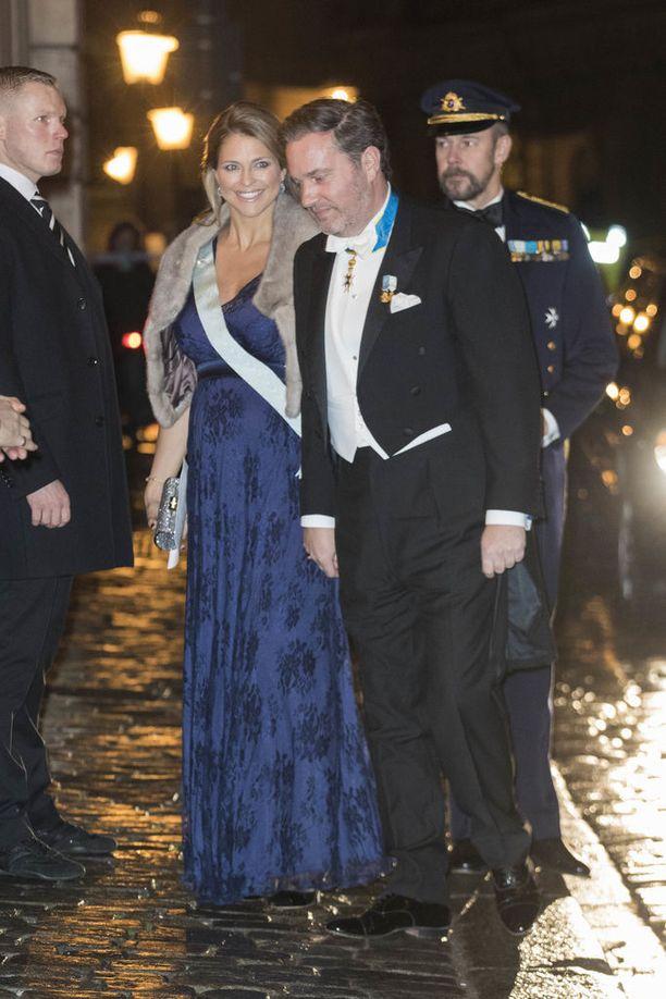 Prinsessa Madeleine ja Chris O'Neill asuvat sekä Tukholmassa että Lontoossa. Pariskunnalla on kaksi lasta, prinsessa Leonore ja prinssi Nicolas.