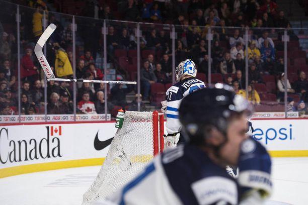 Suomen turnauksen voi hyvin kiteyttää oheiseen kuvaan.