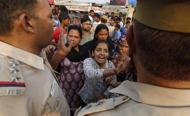 Lasten raiskaukset kuohuttuvat New Delhissä.