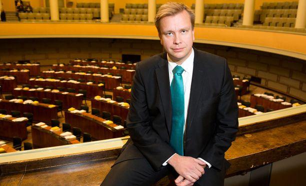 Antti Kaikkosen mukaan alkohoilaista keskustelu jatkuu ensi viikolla.