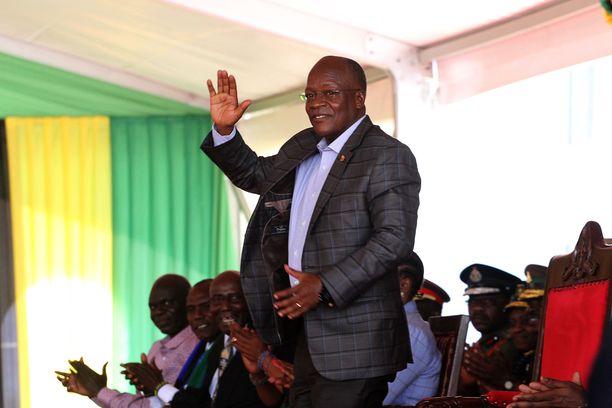 John Magufuli toimi Tansanian presidenttinä vuodesta 2015. Hänet valittiin toiselle kaudelle viime lokakuussa.