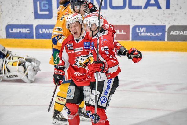 Markus Nenonen kuritti liigajumbo Lukkoa kahdesti.