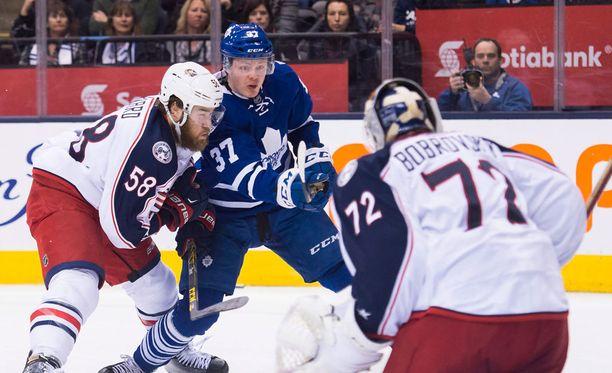 Kasperi Kapasella on tänä keväänä vielä kahden ottelun verran aikaa pamauttaa uran ensimmäinen NHL-nyytti.