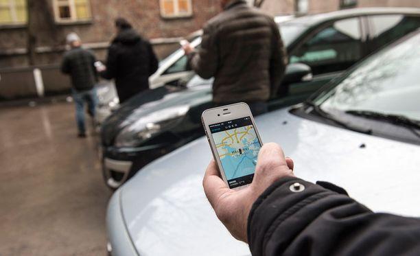 Kaksi Uber-kuskia sai viime viikolla sakot.
