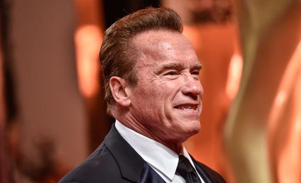 Arnold Schwarzenegger linjaa, että olisi puuttunut ahdisteluun, jos olisi tiennyt siitä.
