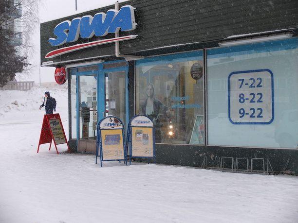 Rovaniemellä sijaitsevan Veitikantien Siwan sulkemisesta kerrottiin jo aiemmin. Antti Tuisku teki Siwasta kuuluisan työskennellessään siellä tähteytensä alkuaikoina.