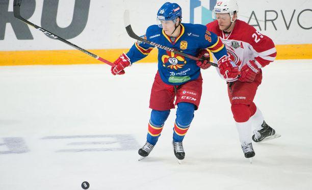 Alexei Kopeikin ei pystynyt pitämään Eeli Tolvasta kurissa.