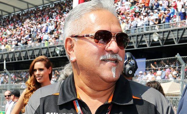 Force India -pomo Vijay Mallyaa ei ole näkynyt Melbournessa.